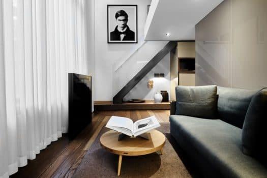 Conservatorium hotel onthult unieke Bastiaan Woudt suite